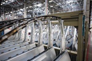 Read more about the article So wird ein Auto gefertigt –  Ein Blick in die Werkshalle